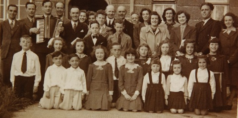 Concert Group at Castlederg 1946. Included are James, Leo O'Donnell, Jack Collins, Eugene O'Donnell, Wee Willie & Nellie McGee